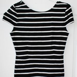 FOREVER 21 WOMAN'S BLACK & WHITE DRESS